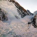 2014 Mount Everest ice avalanche