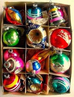 Image result for images of classic christmas tree ornaments