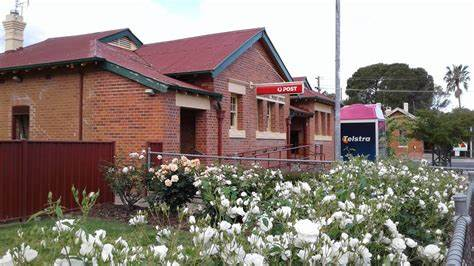 Tocumwal Post Office   64 Deniliquin Street, Tocumwal, New South Wales 2714   13 13 18