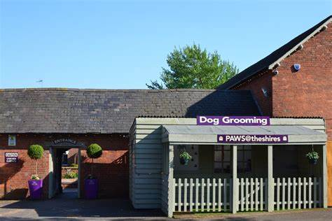 Paws   Heart Of The Shires Shopping Village, Watling St, Weedon Beck NN7 4LB   +44 1327 341833