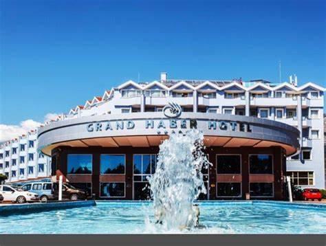 Grand Haber   Merkez 501. Sokak, 07980 Kemer/Antalya   +90 242 814 68 00