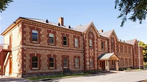 St. Johns Grammar School Old Scholars Association | 29 Gloucester Avenue, Belair, South Australia 5052 | +61 8 8278 2233