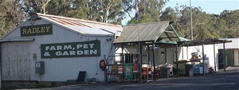 Radleys Farm Pet & Garden Supplies | 587 Pacific Highway, Wadalba, New South Wales 2259 | +61 2 4392 7388