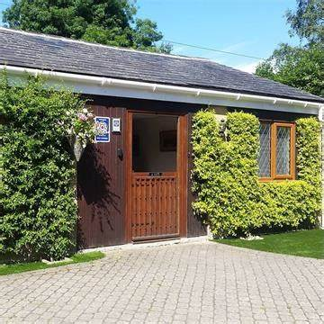 À Côté, west dorset holiday lets | Woodlands Cottage, 8 Bridport Road, Beaminster DT8 3LU | +44 7812 839931