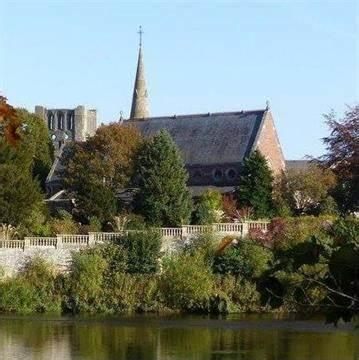 St. Andrews Scottish Episcopal Church   Belmont Place, Kelso TD5 7JB   +44 1573 229591