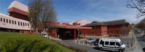 Southport And Formby District General Hospital | Town Lane, Kew, Southport PR8 6PN | +44 1704 547471