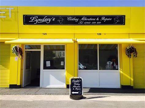Lyndseys clothing alterations. And dry cleaning Kirkby market | Kirkby Market St Chads Drive Yellow Units 125-126, Liverpool L32 8RW | +44 7463 084899