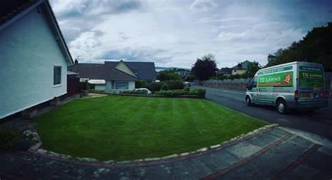 TG Lawns Professional Lawn Care, Birkenhead   Tg Lawns, Moreton CH49 4QJ   +44 151 677 3001