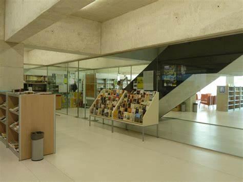 Biblioteca Pública De Pamplona-San Jorge Biblioteca Pública De Pamplona-San Jorge | Calle Doctor Gortari, 2, 31012 Iruña (Navarra) | +34 948 125 108