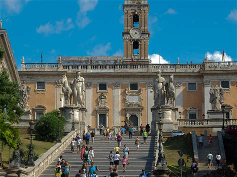 Learn more about Capitoline Hill