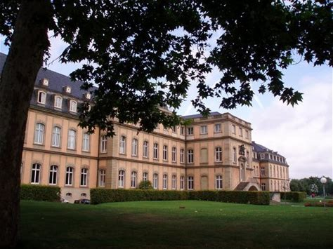 Learn more about Rosenstein Castle