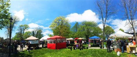 Learn more about Queen Square Farmers Market