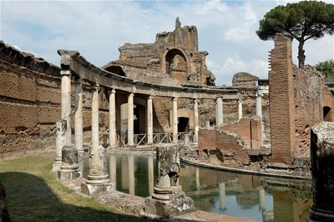 Learn more about Hadrian's Villa
