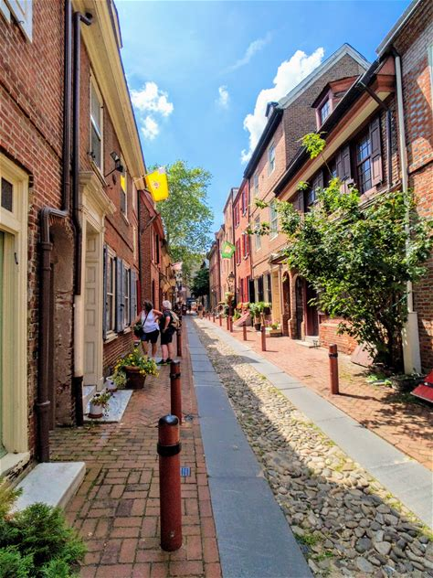 Learn more about Elfreth's Alley