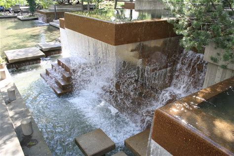 Learn more about Peavey Plaza