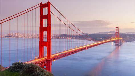 Learn more about Golden Gate Bridge
