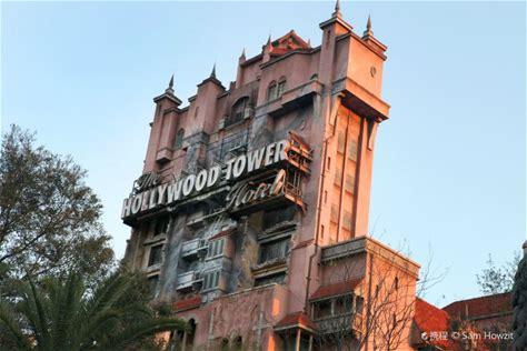 Learn more about The Twilight Zone Tower of Terror