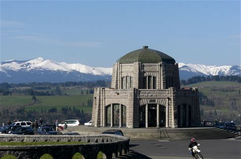 Learn more about Vista House