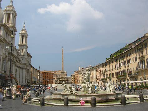 Learn more about Piazza Navona