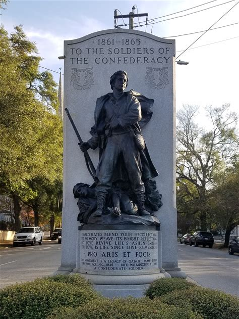 Learn more about Confederate Memorial