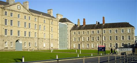 Learn more about National Museum of Ireland – Decorative Arts and History