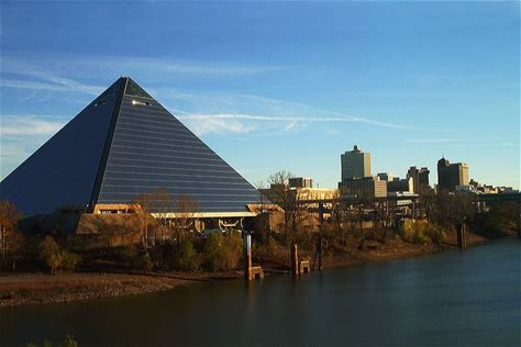 Learn more about Memphis Pyramid