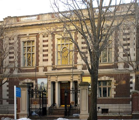 Learn more about Mütter Museum