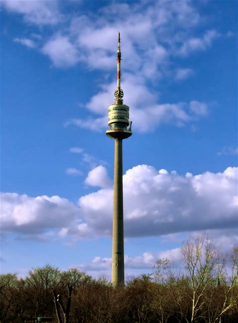 Learn more about Donauturm