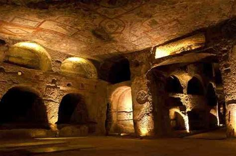 Learn more about Catacombs of San Gennaro
