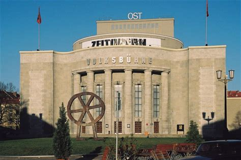 Learn more about Volksbühne