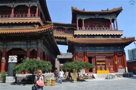 Learn more about Yonghe Temple