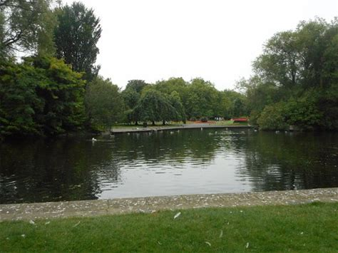 Learn more about St Stephen's Green