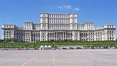Learn more about Palace of the Parliament