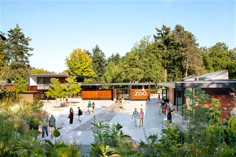 Learn more about Woodland Park Zoo