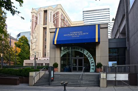 Learn more about Oregon Historical Society Museum