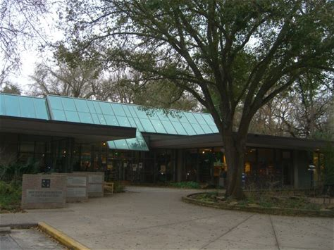 Learn more about Houston Arboretum and Nature Center