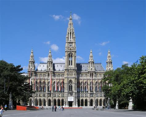 Learn more about Rathaus, Vienna