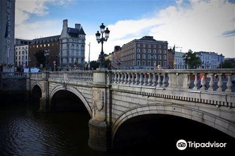 Learn more about O'Connell Bridge