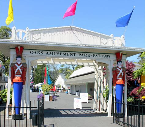 Learn more about Oaks Amusement Park