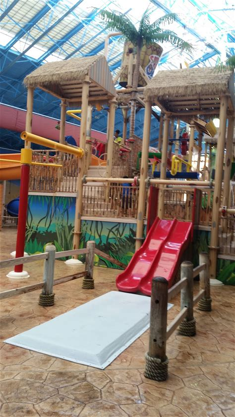 Learn more about Sahara Sam's Oasis Indoor and Outdoor Water Park