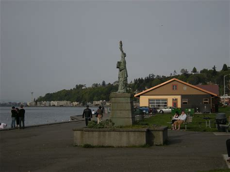 Learn more about Alki Beach Park