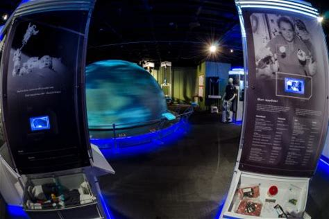 Learn more about Manitoba Planetarium & Science Gallery