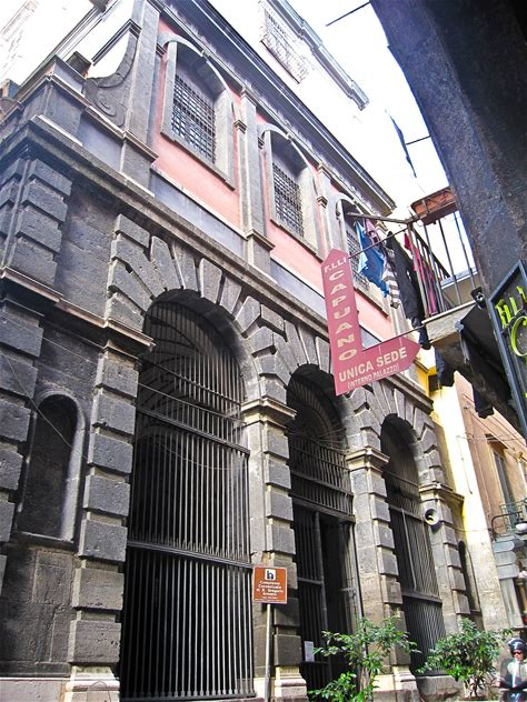Learn more about San Gregorio Armeno