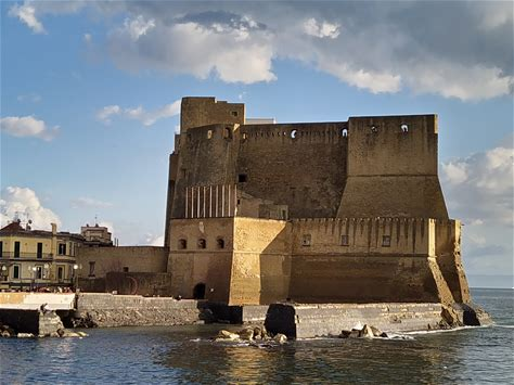 Learn more about Castel dell'Ovo