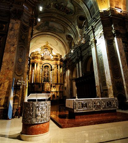 Learn more about Buenos Aires Metropolitan Cathedral