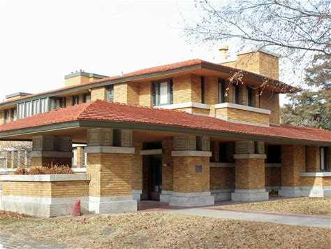 Learn more about Frank Lloyd Wright's Allen House