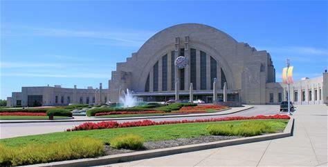 Learn more about Cincinnati Museum Center at Union Terminal