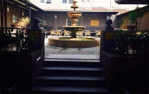The No Names Italian Restaurant - The Glasshouse Hotel | 832 Anzac Parade, Maroubra, New South Wales 2035 | +61 2 9314 1800