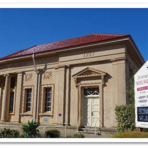 Newland Memorial Uniting Church | 30 Victoria Street, Victor Harbor, South Australia 5211 | +61 8 8552 7306