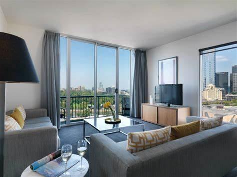 Adina Apartment Hotel Melbourne, Flinders Street | 88 Flinders Street, Melbourne, Victoria 3000 | +61 3 8663 0000